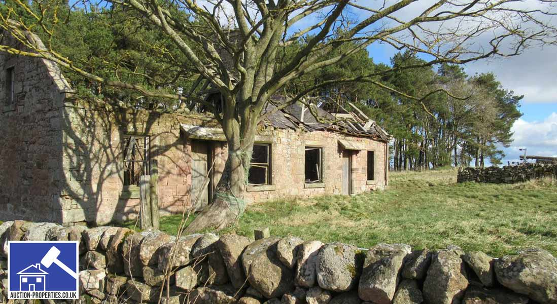 Photo of a derelict cottage sold at auction in Scotland