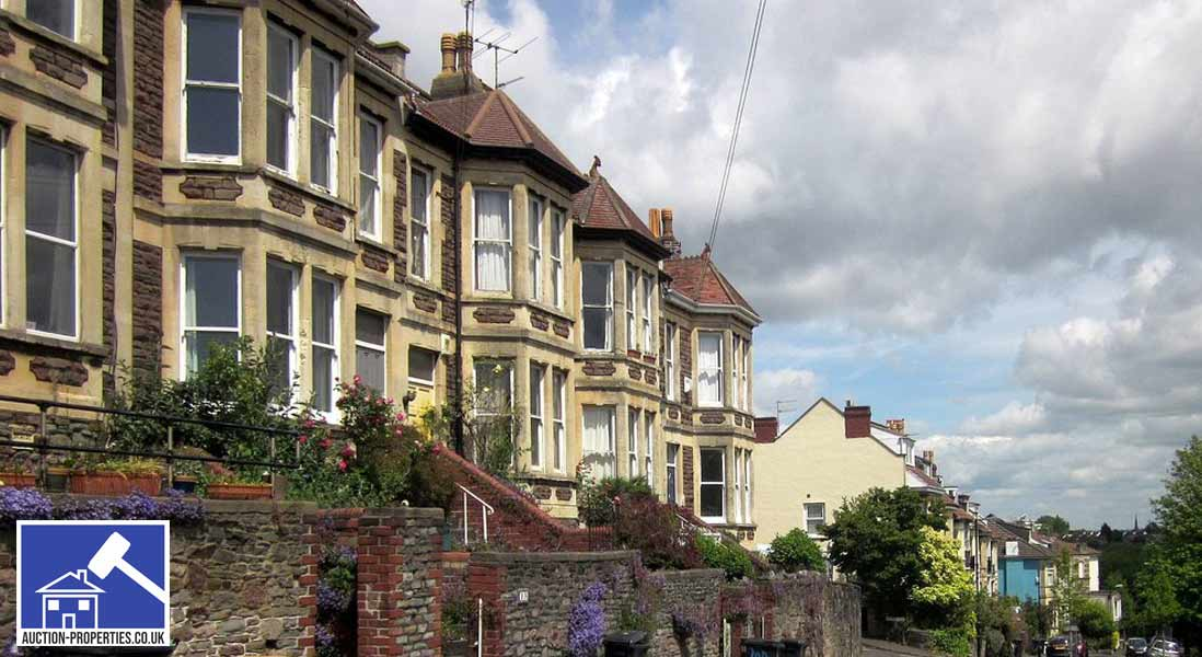 Photo of houses for auction in Bristol
